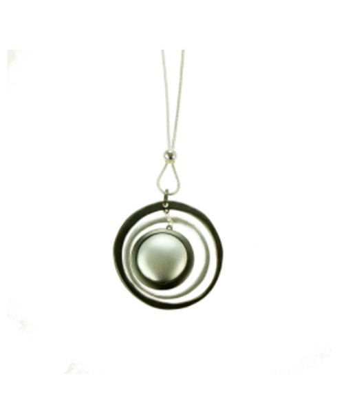 Pearl Circle Design Necklace