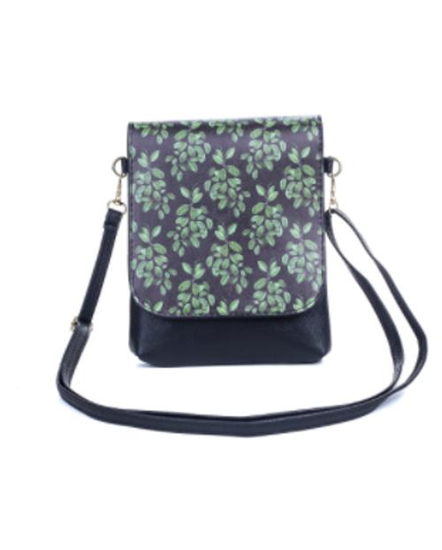 Green leaves Cross Body Bag