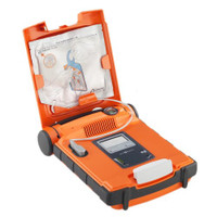 Powerheart G5 AED - Open the lid and device is turned on!