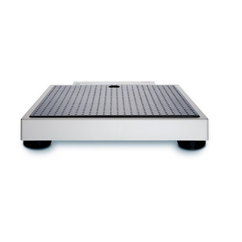 Seca 877 Digital Flat Scale  - Four levelling feet