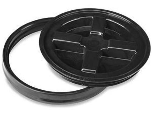 The Clean Garage Gamma Seal Bucket Lid Black   Airtight Fits 3.5 4 5 & 6 Gallon Buckets