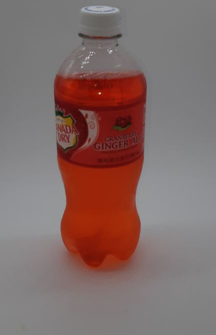 Canada Dry - Cranberry Ginger Ale 591 mL