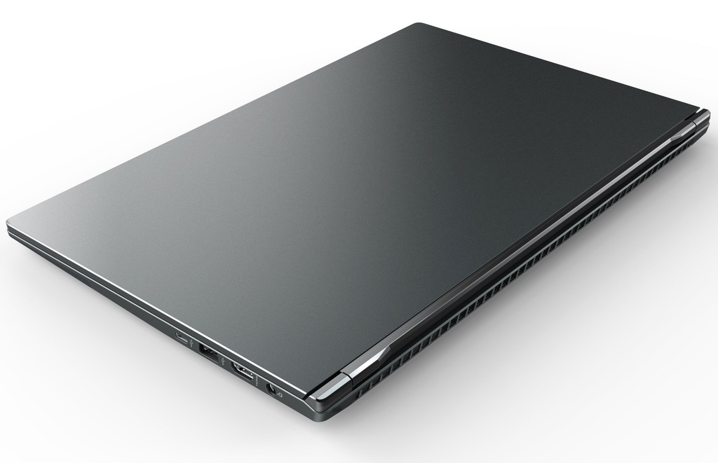 "Eluktronics MAG-15u Ultra-Lightweight Magnesium Alloy 15.6"" Business Entertainment Laptop"