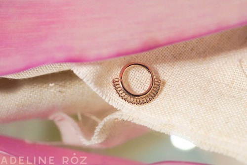 Royal decorative seam ring