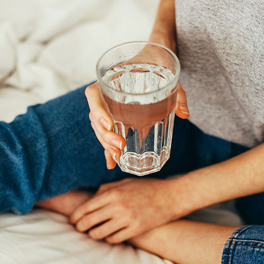 How Does Drinking Water Affect Skin Health?