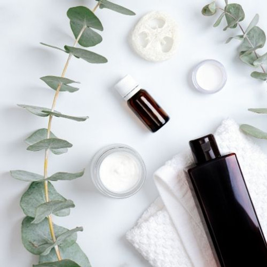 How to Create a Natural Skincare Routine