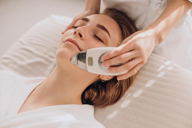 Lifeline Skincare's Technologies for Skin Treatment