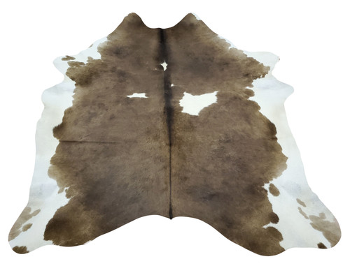 Check this new brown and white rugs your can interestingly use it for bed cover or upholstery, these cow skin rugs are fit for any decor
