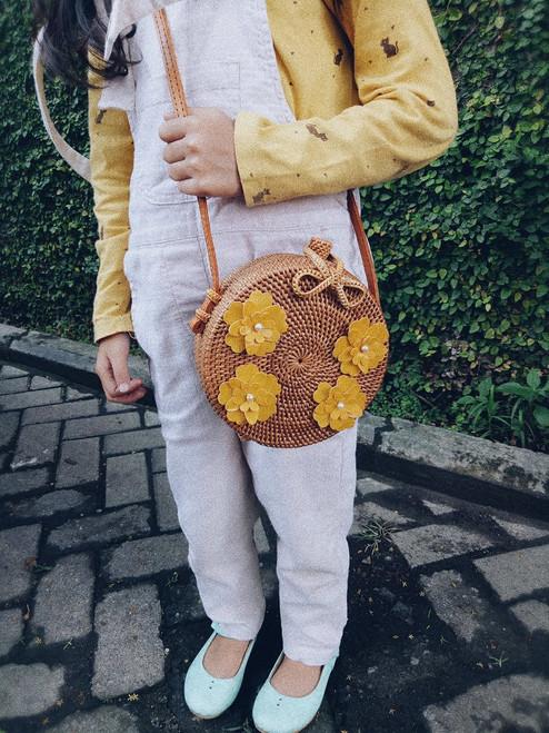 round straw bags rattan
