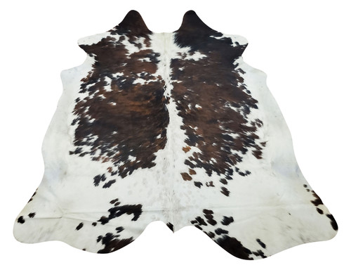These cowhide rugs dark brown are stunning and great for indoors or outdoors in your farmhouse kitchen or your cottage.
