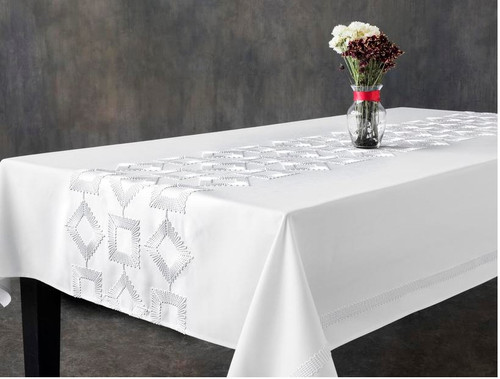 JUBILEE TABLECLOTH