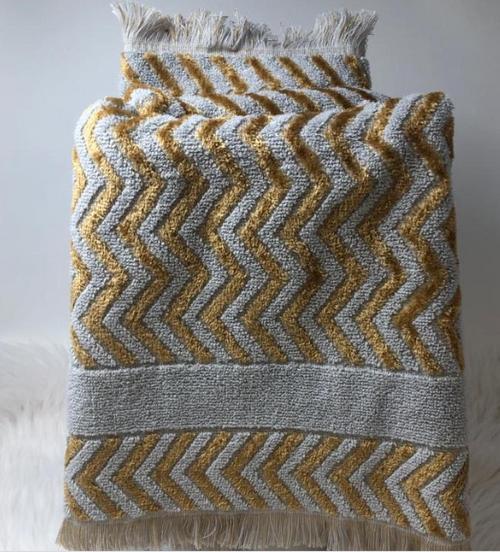 MISONY HAND TOWEL