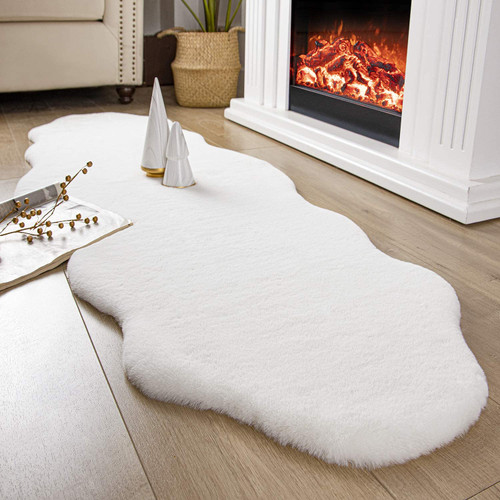 ULTRA SOFT FAUX RABBIT FUR RUG