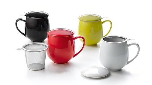 Porcelain Infuser Mug with Lid