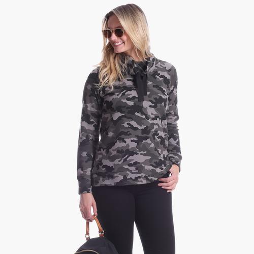 Finley Funnel Neck Black Camo