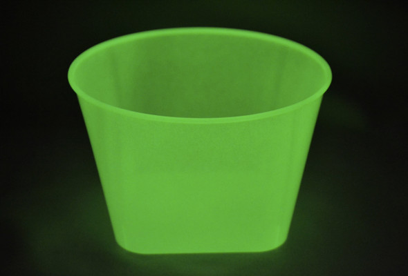 Plastic Bowls 560ct Glow in the Dark