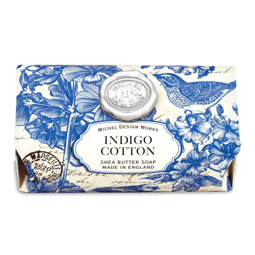 Indigo Cotton has the freshness of linen with powdery floral undertones of violet, carnation, and lily of the valley.
