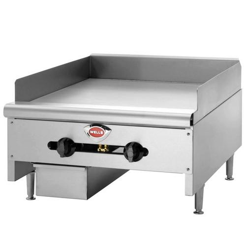 Wells HDTG6030 6 Burner Thermostatic Control HD Gas Griddle - 150K BTU