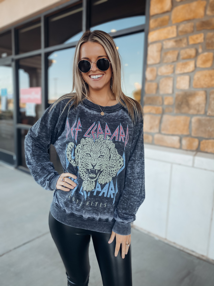 Def Leppard Love Bites Sweater