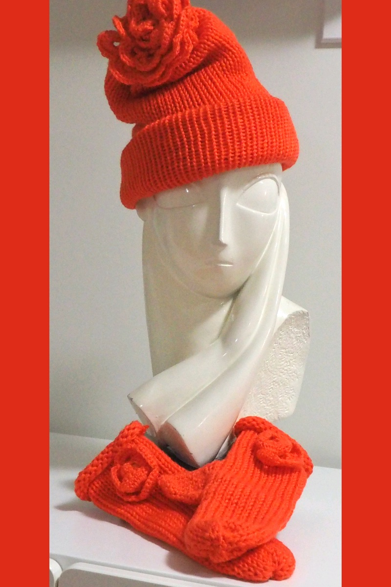 Orange Delight Beanie Set
