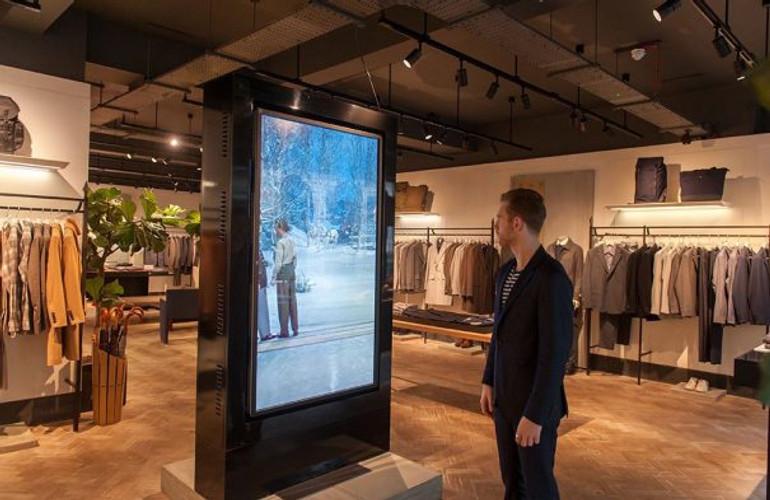 Elo touch incrementa las ventas de la tienda británica Hardy Amies