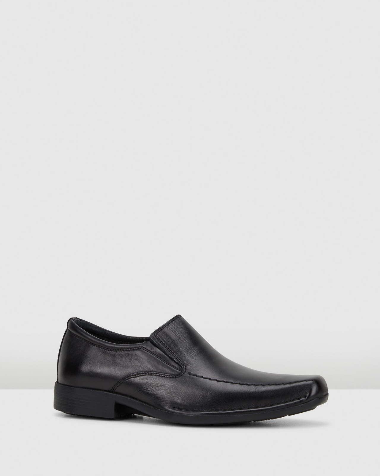 Hush Puppies  MISSION Black