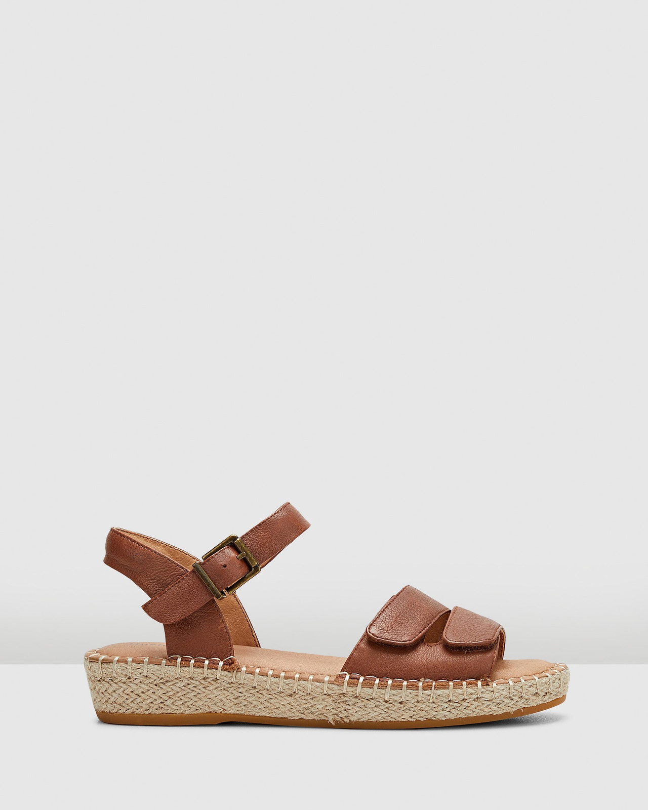 Hush Puppies  BEACH Tan