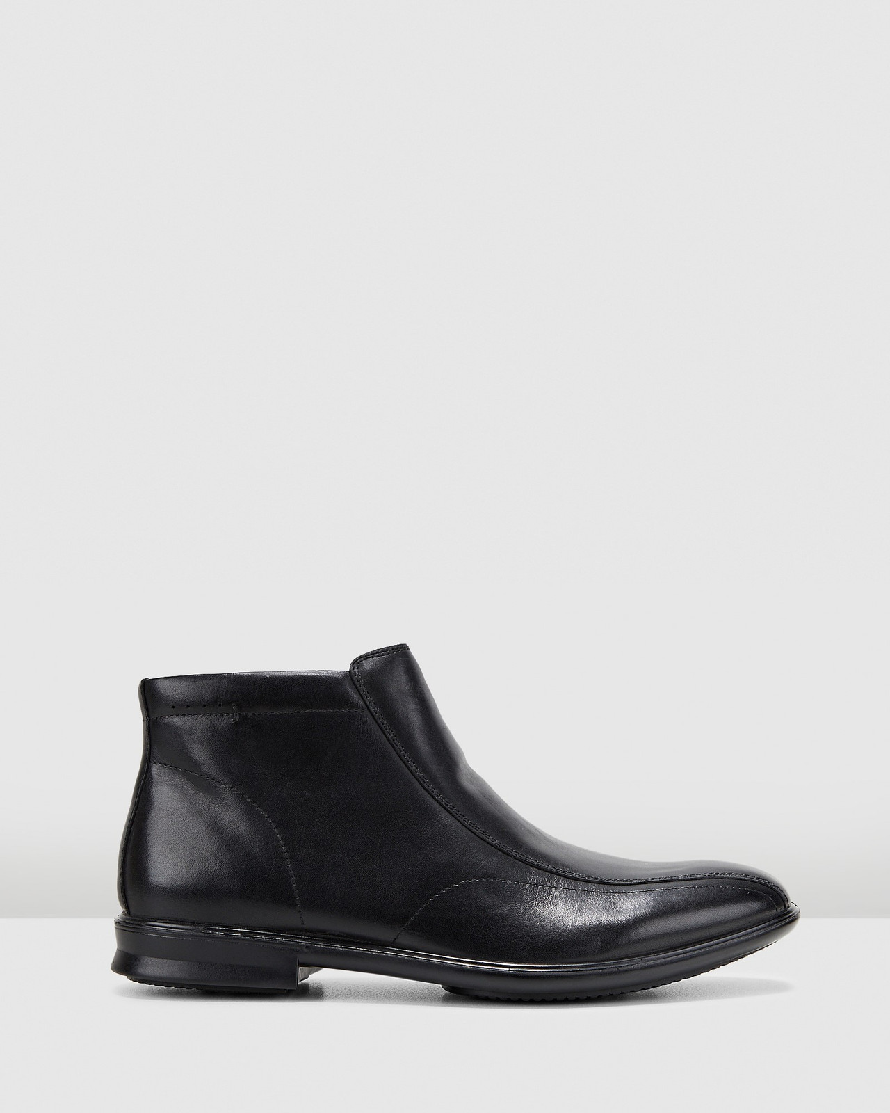 Hush Puppies  CHRIS Black