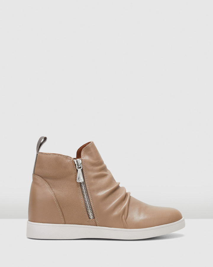 Hush Puppies Monterey Taupe