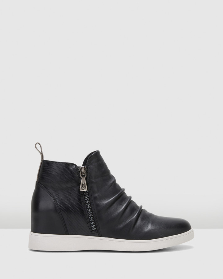 Hush Puppies Monterey Black