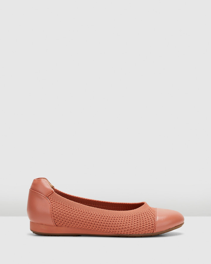 Hush Puppies Bodhi Dusty Clay