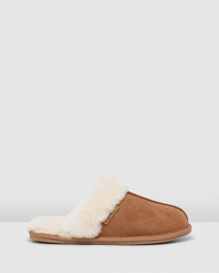 Hush Puppies Cushy Chestnut Suede