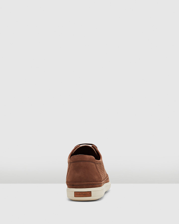 Hush Puppies Sullivan Brown Nubuck Perf