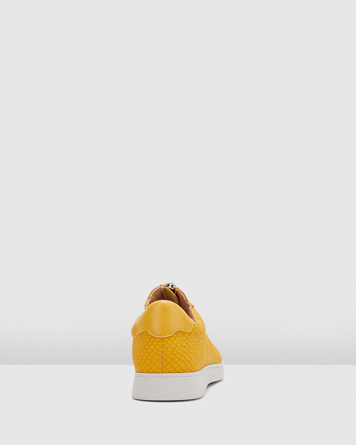 Hush Puppies Montana Tuscan Yellow Snake