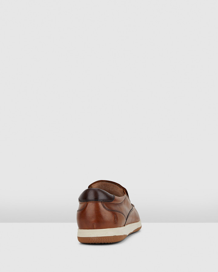 Hush Puppies Dixon Dark Tan