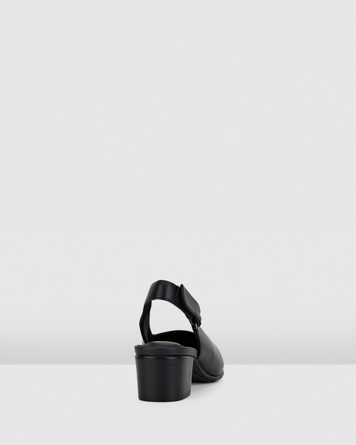 Hush Puppies The Low Sling Black