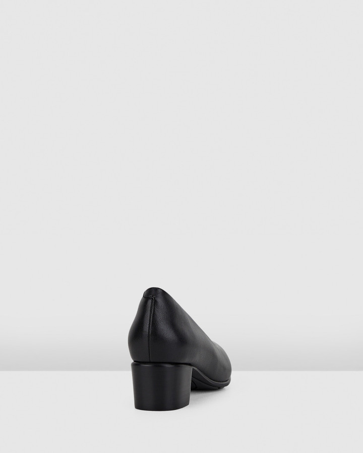 Hush Puppies The Low Point Black