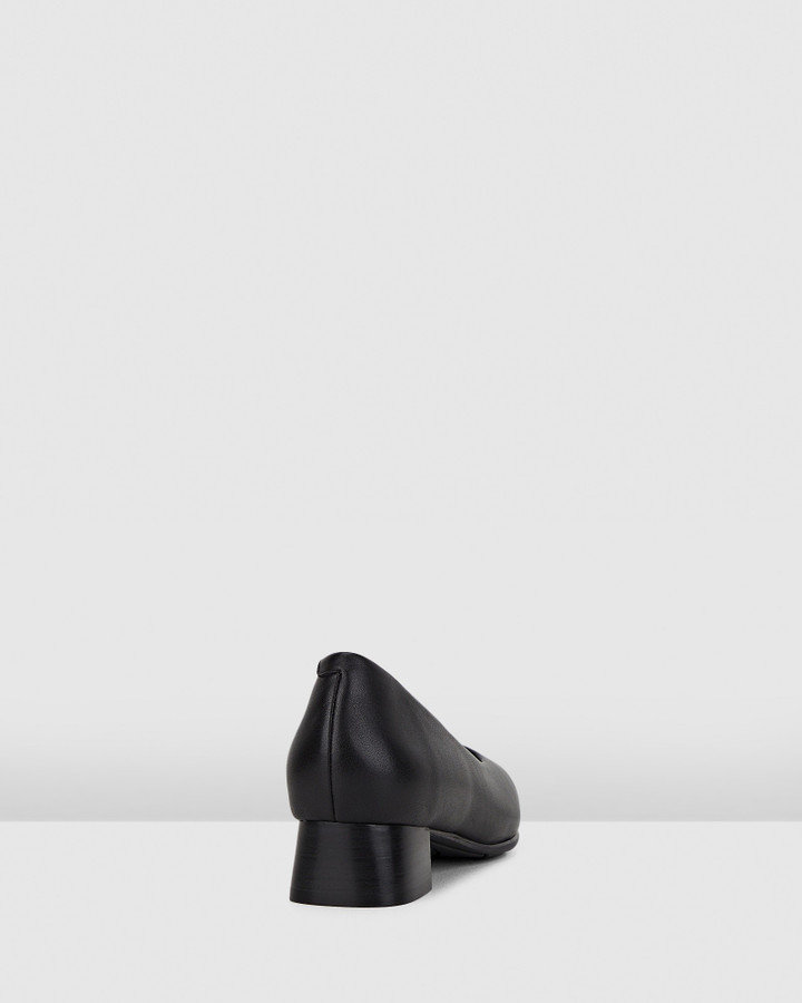 Hush Puppies The Low Square Black