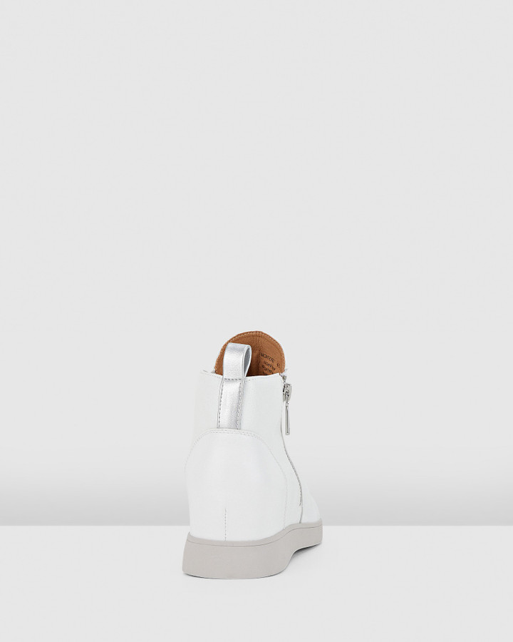 Hush Puppies Monterey White