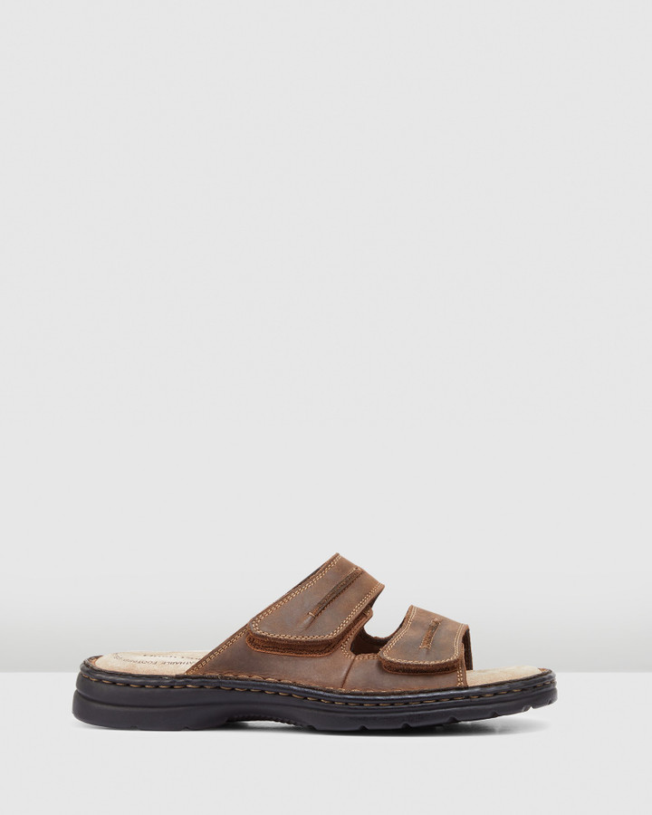 Hush Puppies Slider Brown