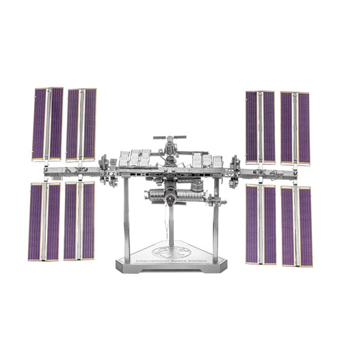 Metal Earth Iconx International Space Station 3D Model  + Tweezers 14136