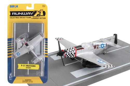 Daron Runway24 P51D Silver Diecast vehicle\plane 57876