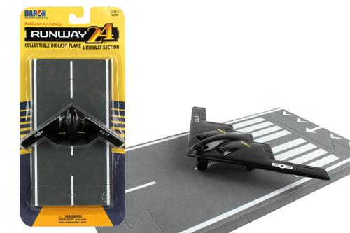 Daron Runway24 B-2 Black Diecast vehicle\plane 57579