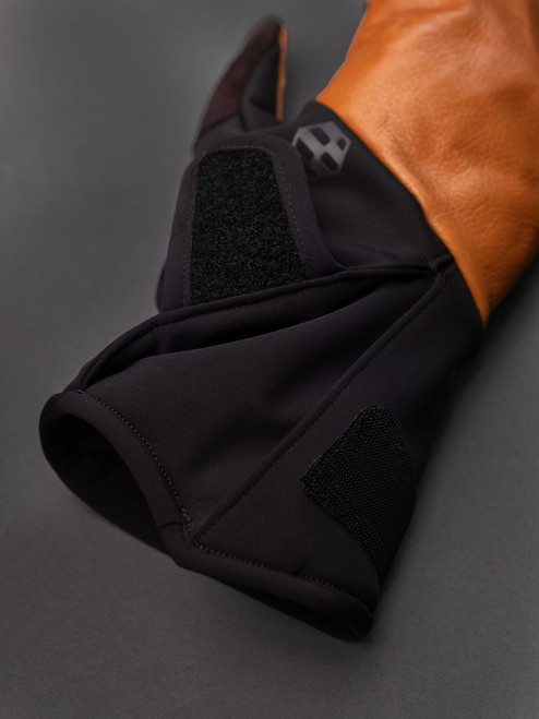 Handson Grip Kobe Leather WT Traverse Mitt - Black/Tan