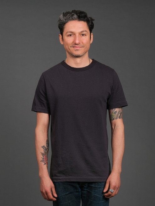 Merz b. Schwanen 2 Thread 214 Heavyweight Organic T Shirt- Charcoal