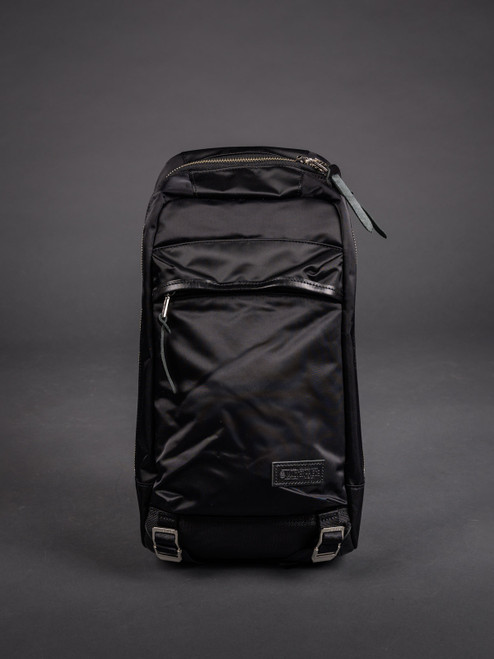 Master-Piece Lightning Body Bag - Black