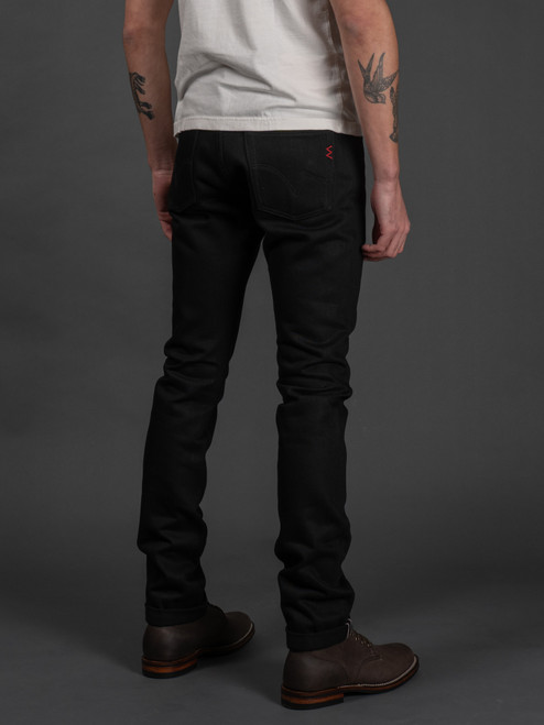 IH-555-03 Super Black Slim Selvedge Jeans