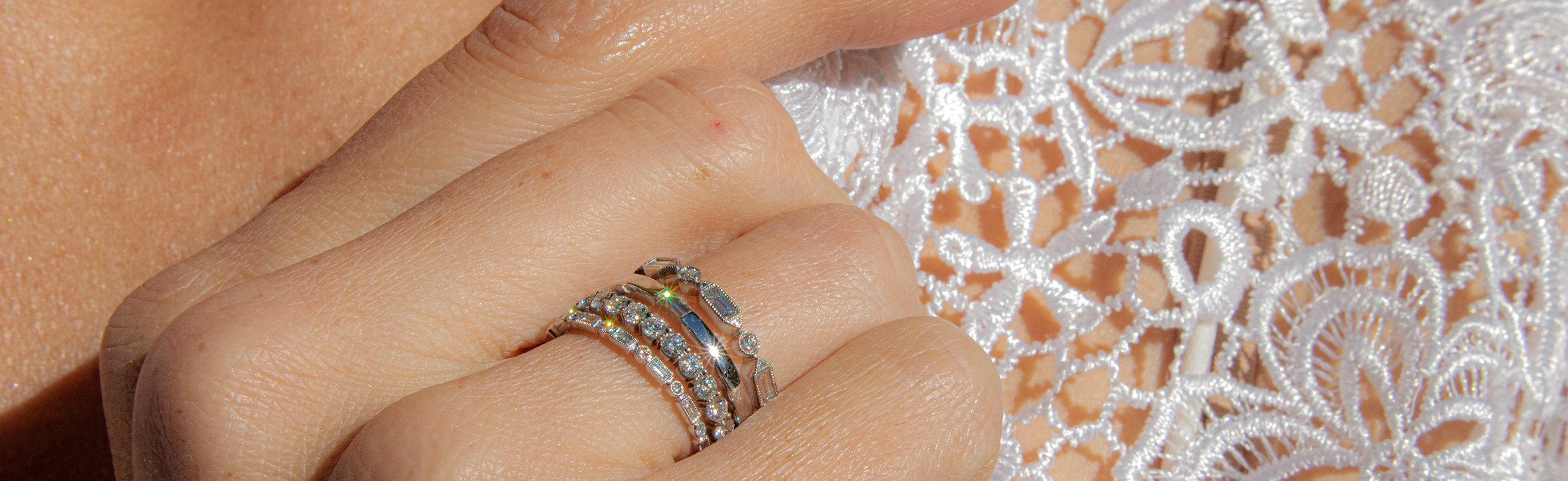 banner-wedding-rings-pages2.jpg