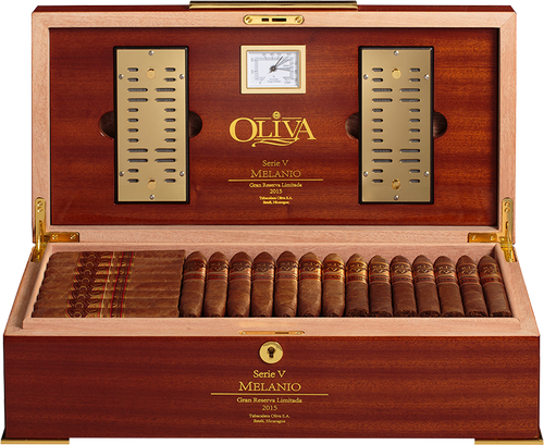 2015 Oliva V Melanio Limited Edition Humidor with Cigars