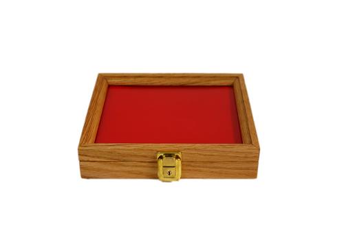 9.5 x 7.5 x 2 Oak Display Case